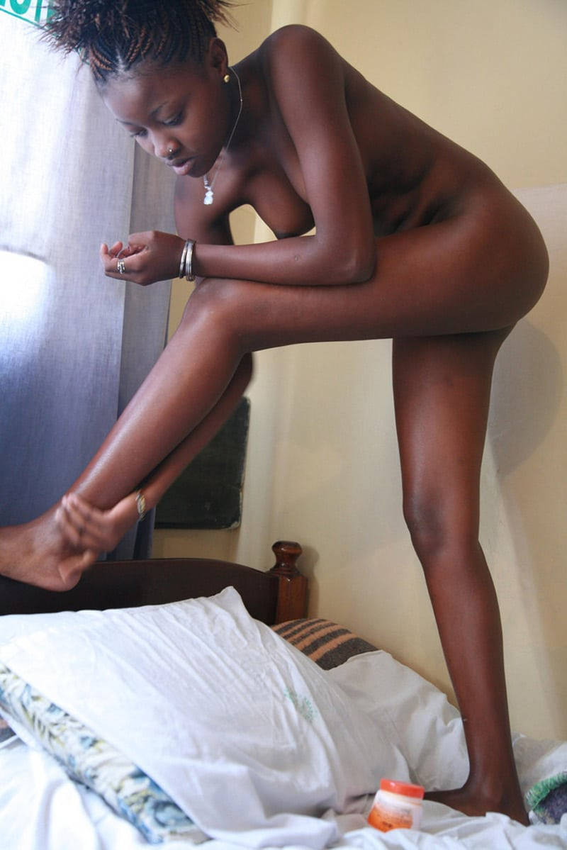 For the star du porno camerounais her