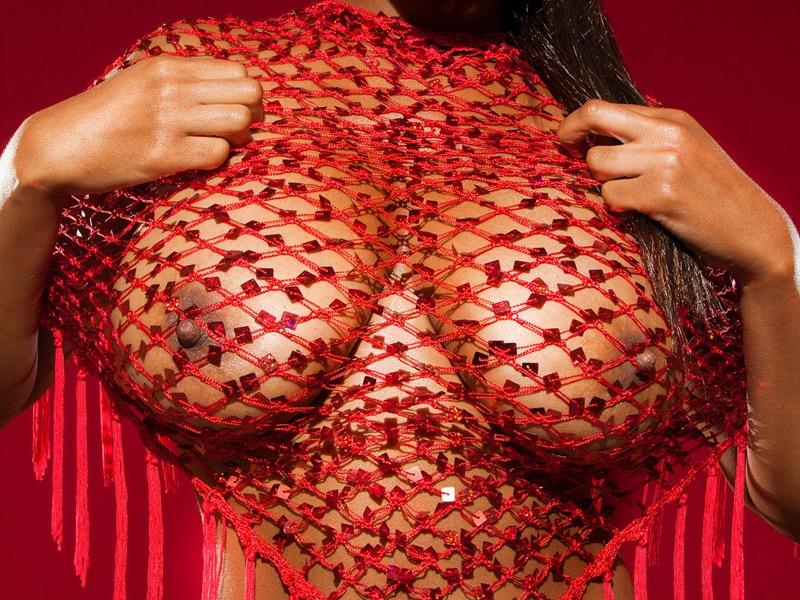 natacha-beaute-guyanaise-nue-gros-seins-6