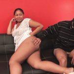 Vidéo Coco, guadeloupéenne ronde à gros cul en plan à 3