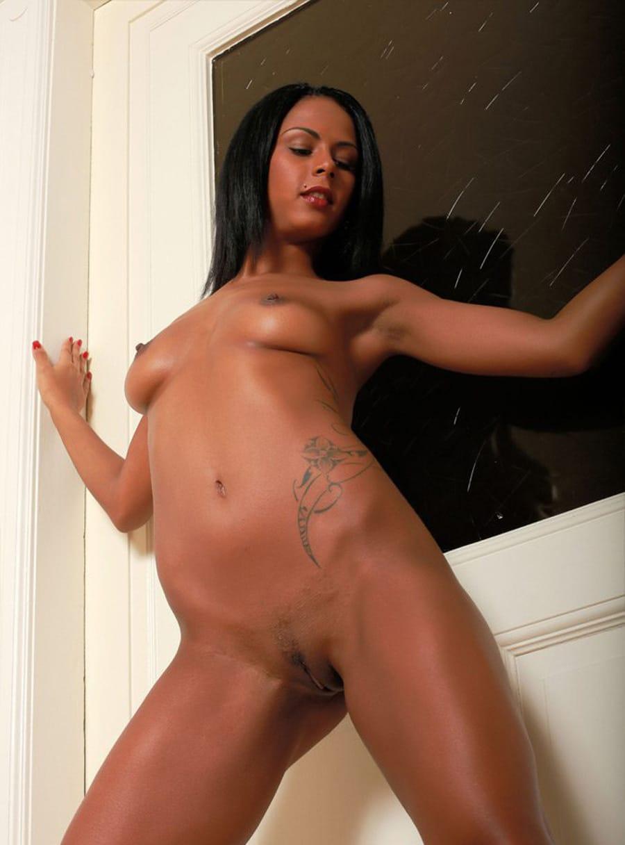 dope nude black girls posing