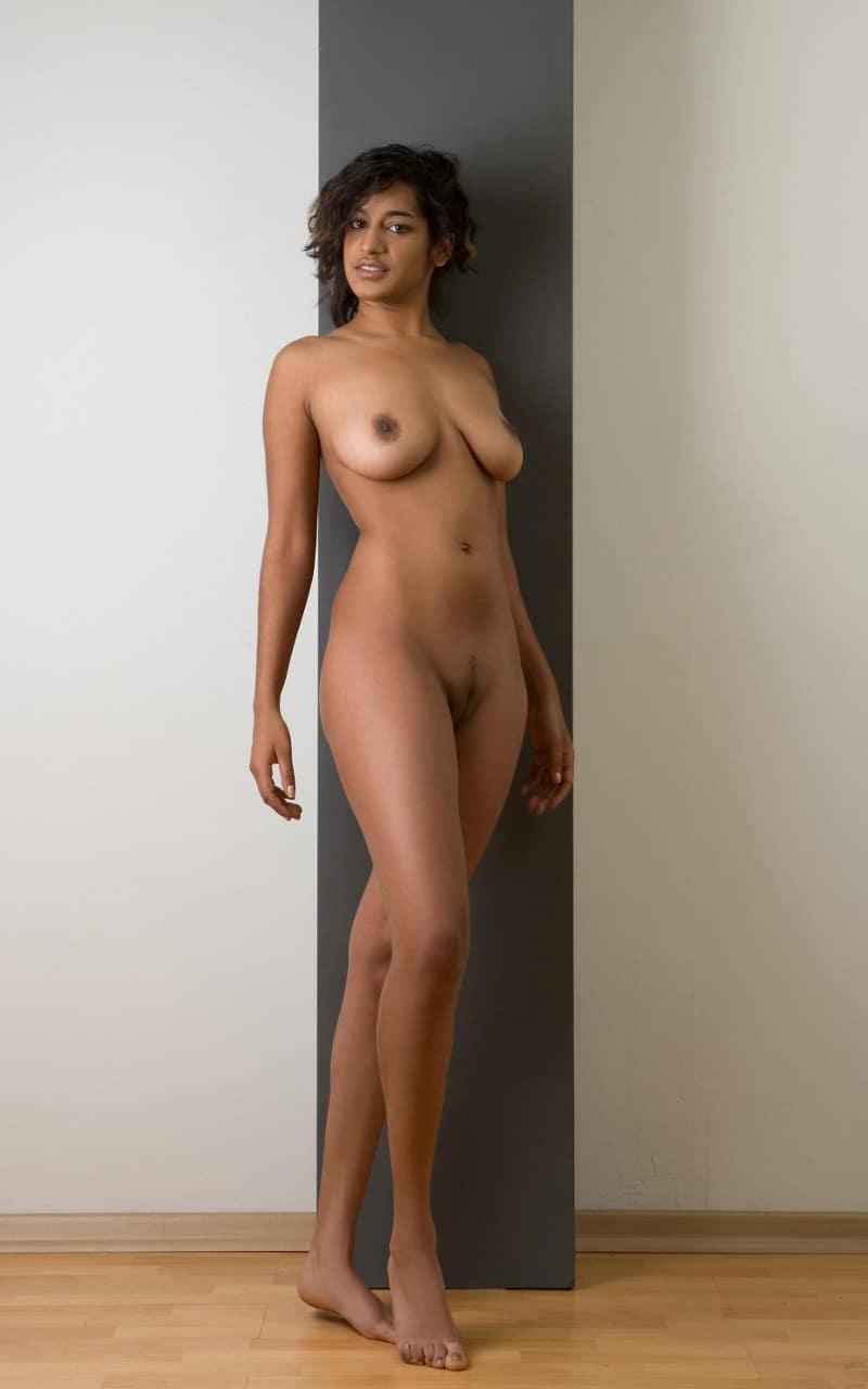 big boob girl sucking dick
