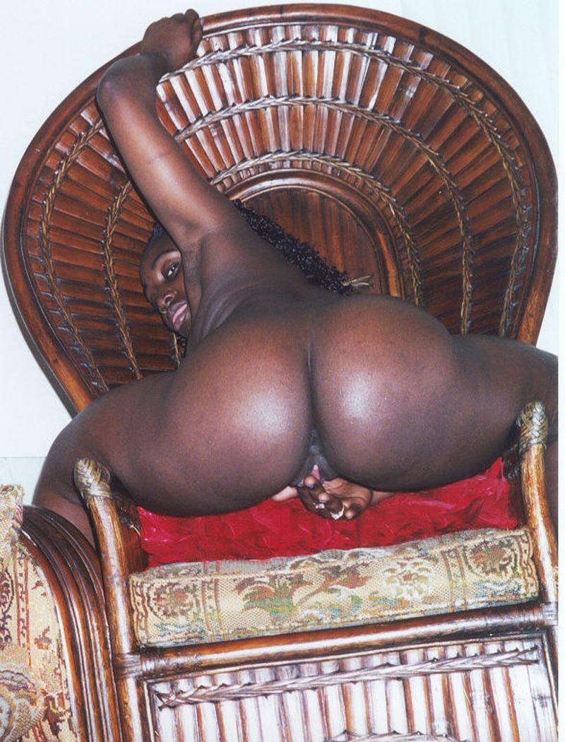 grosse cochonne black congolaise pute
