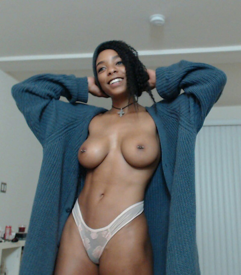 Hot sexy brazilian girl naked