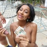 Jazzy Jamison suce pour de l'argent