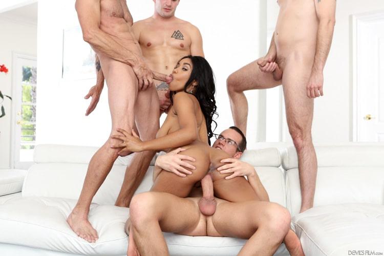 Tara Foxx gangbang interracial Photo 8