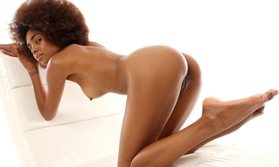Babe black nue